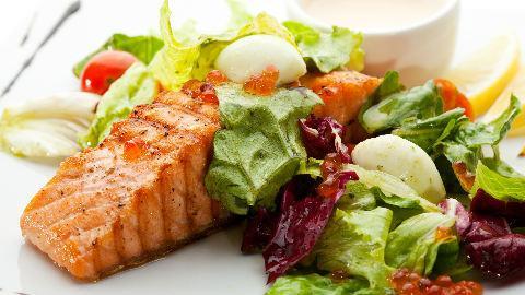 Makanan kaya nutrisi untuk trimester pertama