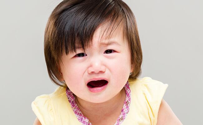 Si kecil menangis lebih  dari tiga jam?