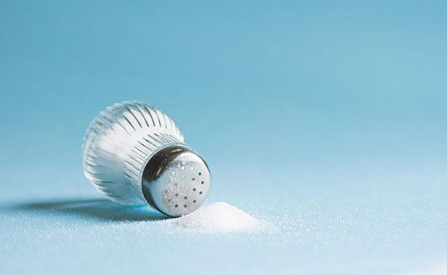 Amankah Menambahkan Garam pada Makanan Bayi