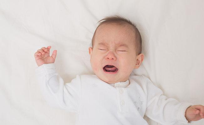 Kolik Bikin Bayi Menangis Terus Menerus. Apa Penyebabnya
